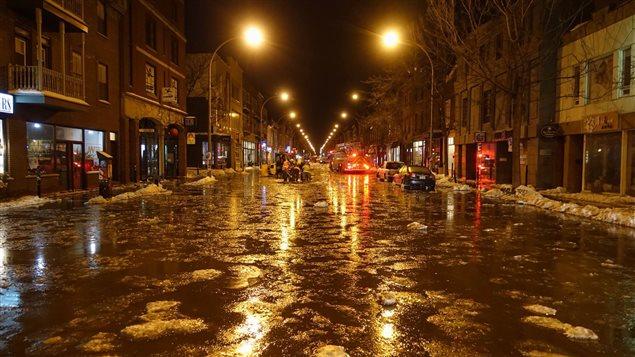 Le boulevard St-Laurent inondé