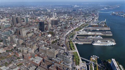 Vue aérienne du Vieux-Port de Montréal