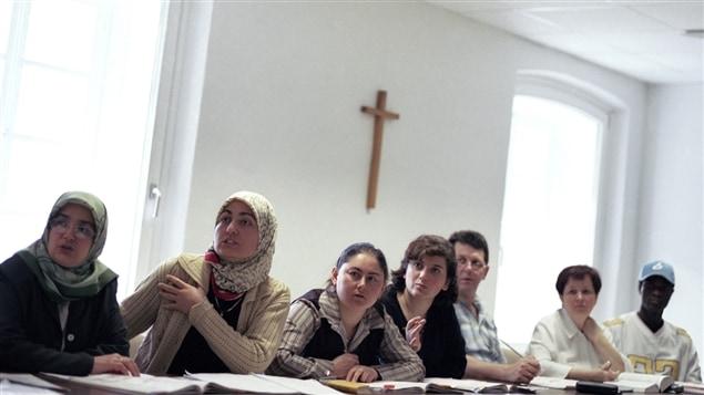 La proportion d'élèves issus de l'immigration au Québec est passée de 15 % en 2000 à 23 % en 2011-2012