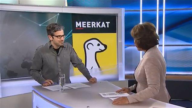 Matthieu Dugal avec Céline Galipeau au <em>Téléjournal</em> pour sa chronique « Sous le net »
