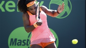 Serena Williams écrase l'espoir Cici Bellis