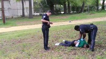 La victime a été atteinte par balle après une brève fuite.