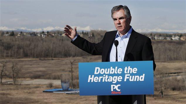 Jim Prentice, lors de son déplacement à Calgary le 10 avril