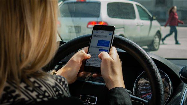 L'utilisation du cellulaire au volant est l'une des distractions les plus courantes (archives).