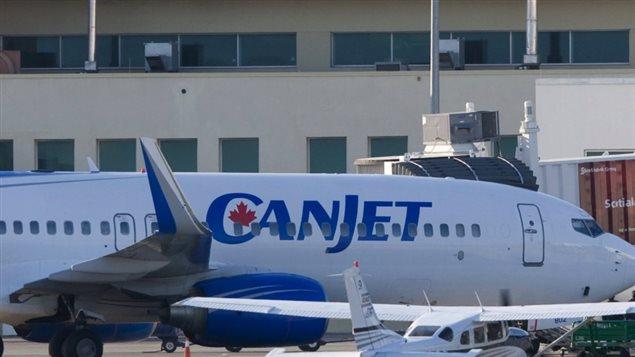 Le 19 avril 2009, de vol 918 de CanJet a été pris en otage par un homme armé qui était parvenu à se faufiler à travers les contrôles de sécurité à l'aéroport international Sangster, à Montego Bay, en Jamaïque. Tous les passagers ont été libérés rapidement, mais six membres d'équipage de CanJet ont été gardés en otage pendant plusieurs heures. Les otages ont finalement été secourus par la police jamaïcaine, qui ont envahi avec succès l'avion, à la suite de négociations qui ont impliqué le premier ministre jamaïcain Bruce Golding. Presse Canadienne.