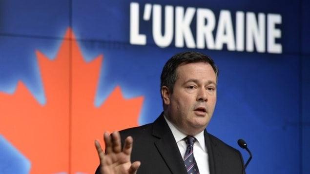 Le ministre de la Défense, Jason Kenney, lors de l'annonce d'envoi de troupes canadiennes en Ukraine.PHOTO ADRIAN WYLD, LA PRESSE CANADIENNE