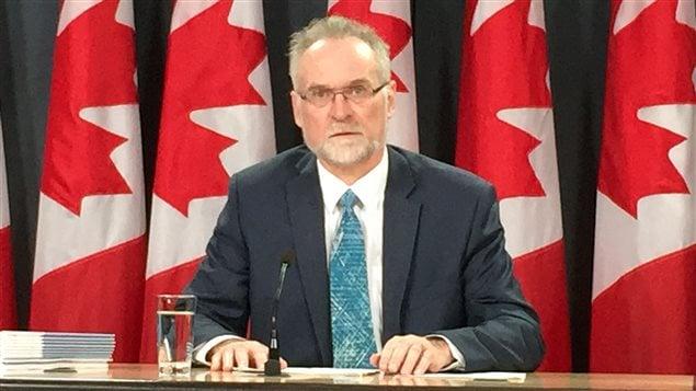 Selon le vérificateur général du Canada, Michael Ferguson, les principales agences fédérales de santé ne s'acquittent pas de certaines de leurs responsabilités.