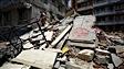 Le Népal endeuillé commence à chiffrer la reconstruction