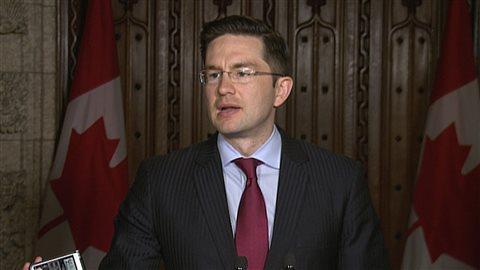 Le ministre conservateur canadien de l'Emploi et du Développement social, Pierre Poilièvre