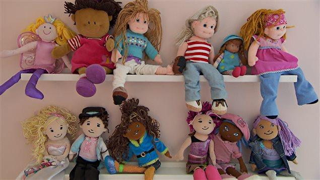 Des poupées dans les garderies