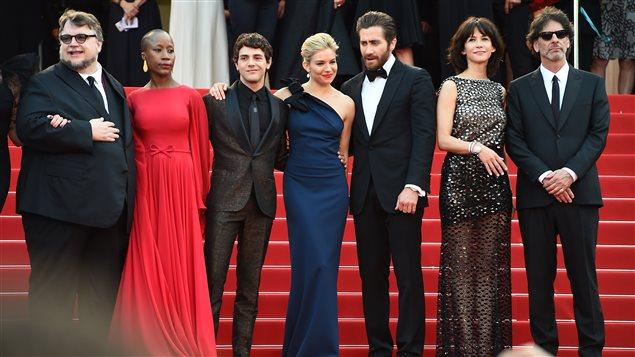 Le jury sur le tapis rouge du 68e Festival de Cannes