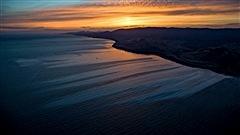 Du pétrole dans le Pacifique au large de Santa Barbara