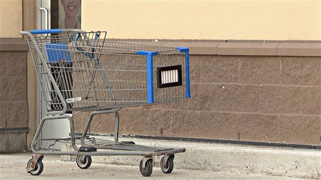 Des paniers d'épicerie se retrouvent souvent abandonnés à Ottawa et à Gatineau.