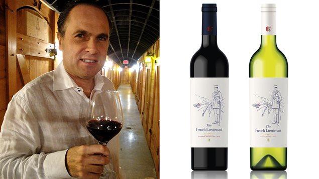 Loïc Berthout et les bouteilles de vin rouge et blanc de The French Lieutenant