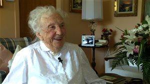 Claire Sigouin, 100 ans, vit toute seule dans la maison familiale.
