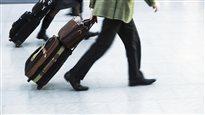 Prix sur les bagages enregistrés: Air Canada et WestJet auraient agi «de concert»