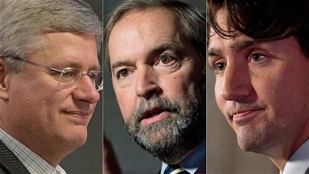 زعماء الأحزاب الثلاثة من اليمين إلى اليسار: جوستان ترودو، توماس مولكير وستيفن هاربر