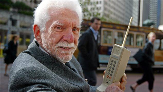 Martin Cooper, l'inventeur du premier téléphone cellulaire