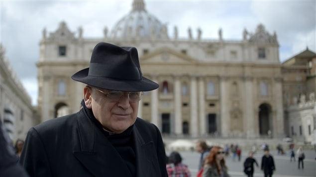 Le cardinal catholique américain Leo Raymond Burke, le 11 mars 2013 au Vatican