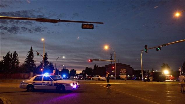 La habitual calma en Edmonton perturbada por un nuevo crimen de un policía.
