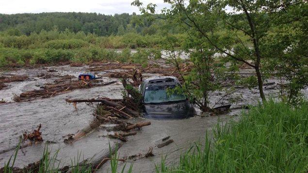 Pocas horas de lluvias generaron caos en zonas de Quebec.