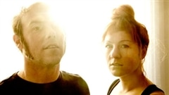 Saratoga, un nouveau duo sur la scène musical au Québec lance un premier disque.