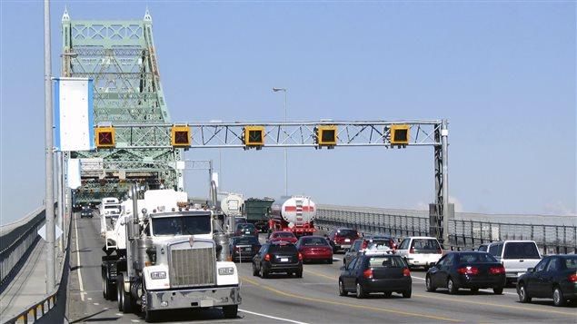Trafic sur le pont Jacques-Cartier
