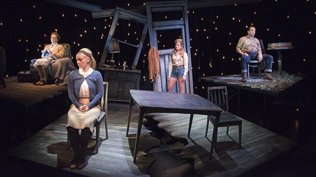 <em>À toi, pour toujours, ta Marie-Lou</em> de la compagnie Le Théâtre la Seizième, à Vancouver