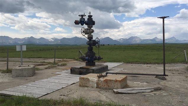 Une structure énergétique à l'abandon en Alberta