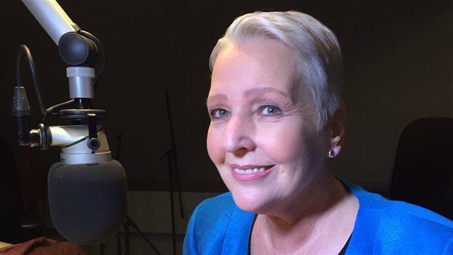 La chef d'antenne, Odette Gough, prend sa retraite.