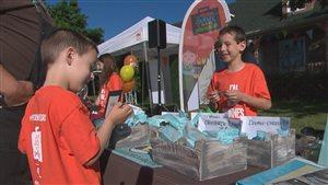 Bryan Monnette, 11 ans, fait partie des jeunes qui participent à la journée entrepreneuriale.