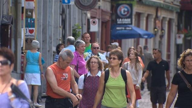 Une rue touristique, à Montréal
