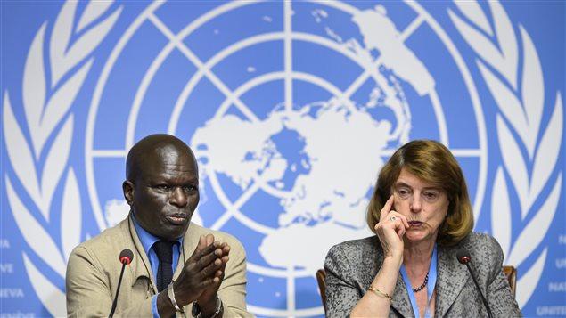 «L'étendue des dévastations et de la souffrance humaine provoquées à Gaza est sans précédent», a dénoncé Mary McGowan Davis, la présidente de la commission d'enquête de l'ONU sur le conflit à Gaza de l'été dernier (gauche) et Doudou Diène (droite), membre de cette commission.