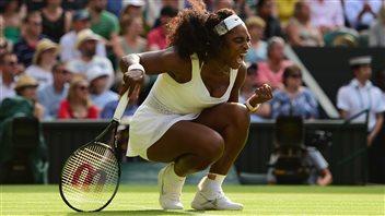 Maria Sharapova et Serena Williams passent en demi-finales