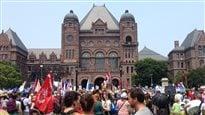 Climat, justice, emploi : des milliers de personnes se rassemblent à Toronto