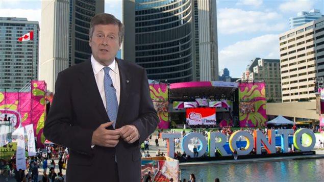 Dans le cas d'une candidature aux Jeux olympiques, Toronto devra cependant faire vite : le maire John Tory doit inscrire la métropole canadienne dans la course au plus tard le 15 septembre, comme l'exige le règlement du Comité international olympique (CIO).