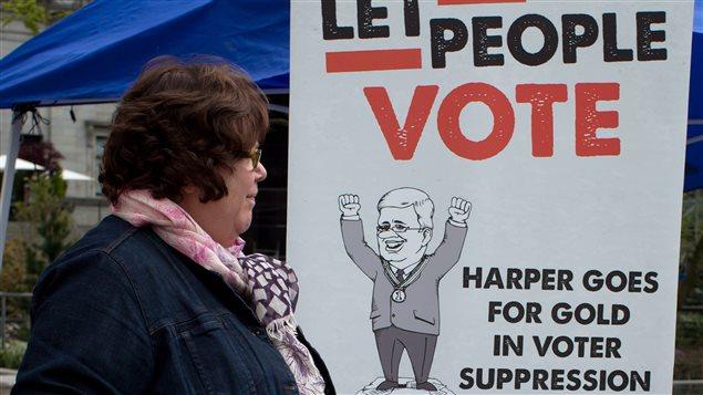 Para algunos canadienses, la actual administración federal ha limitado la democracia.
