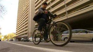 Un cycliste à Winnipeg
