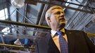 Harper promet un crédit d'impôt à la rénovation domiciliaire permanent
