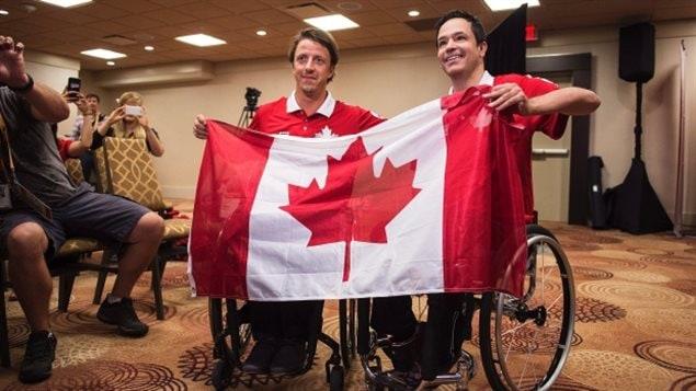 Le joueur de boccia Marco Dispaltro (à droite) est le porte-drapeau du Canada aux Jeux parapanaméricains de Toronto.
