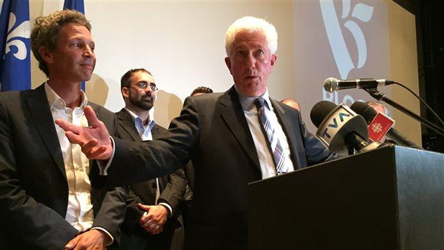 Le chef du Bloc québécois, Gilles Duceppe, a présenté les neuf candidats du parti dans la grande région de Québec.