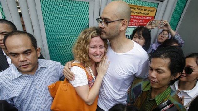 Blanchi et soulagé « La vérité est enfin sortie, » affirmait à sa sortie de prison Neil Bantleman les larmes aux yeux