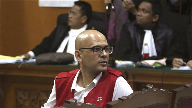 Neil Bantleman, lors de l'annonce du verdict en Indonésie en avril 2015 Photo : Tatan Syuflana/AP