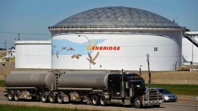 Un réservoir d'Enbridge à Edmonton