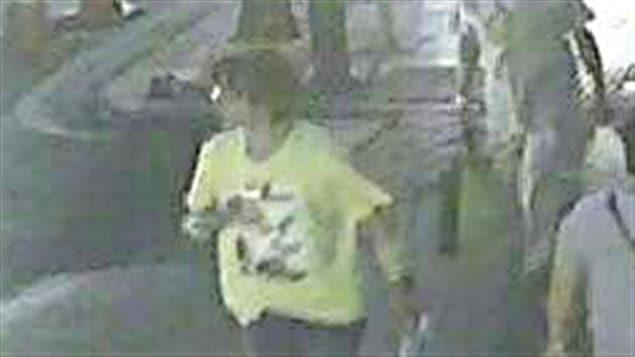 La police thaïlandaise est à la recherche de cet homme