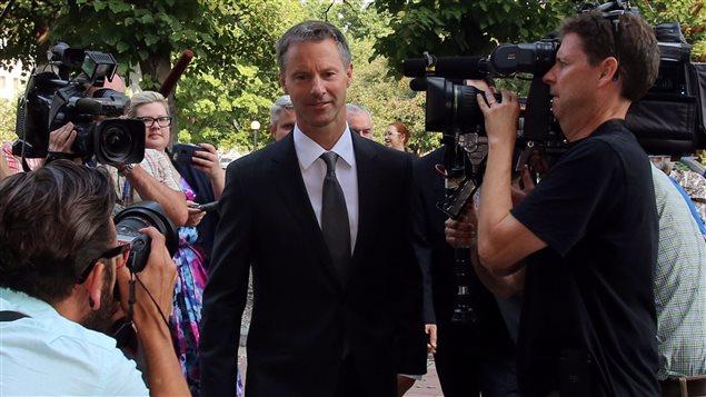 Nigel Wright à son arrivée au procès de Mike Duffy. (18 août 2015)