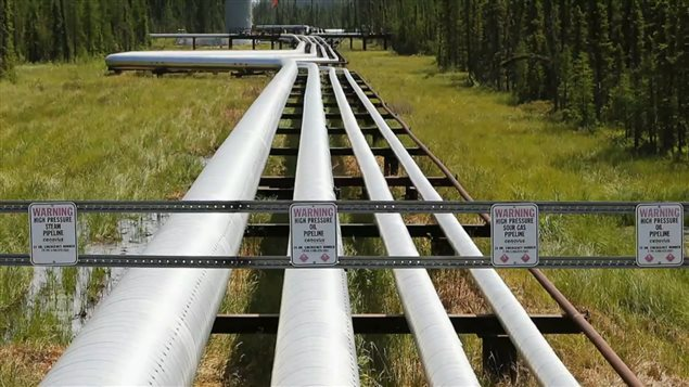Caption: The Energy East pipeline project would involve reversing the flow of already-existing pipelines and building some new ones to bring bitumen from western Canada to a port in the east.