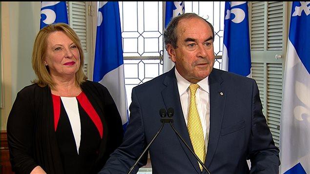 La ministre des Relations internationales et de la Francophonie, Christine St-Pierre, en compagnie de Jean-François Lépine, nouvellement nommé à titre de représentant du Québec en Chine