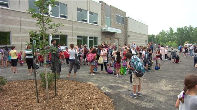 C'était l'inauguration de la nouvelle école dans le quartier d'Aylmer, l'École 033.