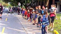 Des milliers de parents dans la rue à la défense de l'école publique